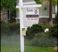 Make your listing stand out from the crowd with wooden real estate sign posts.